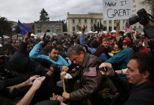 Įtampa JAV visuomenėje didėja